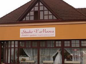 940fdff3626 Svatební salon a agentura Studio V. Moona Most